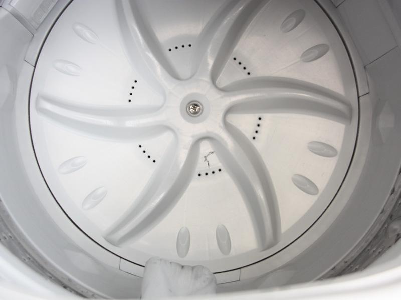 パルセータには糸くずが落ちていた。これも洗たく槽クリーナーを使った効果だろう