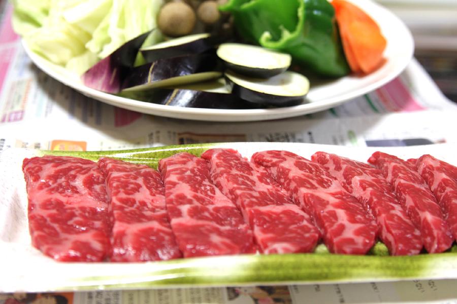 肉はスーパーで調達(高級品ではない)