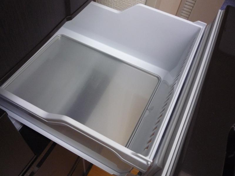 急速冷凍とソフト冷凍を行なう切替室