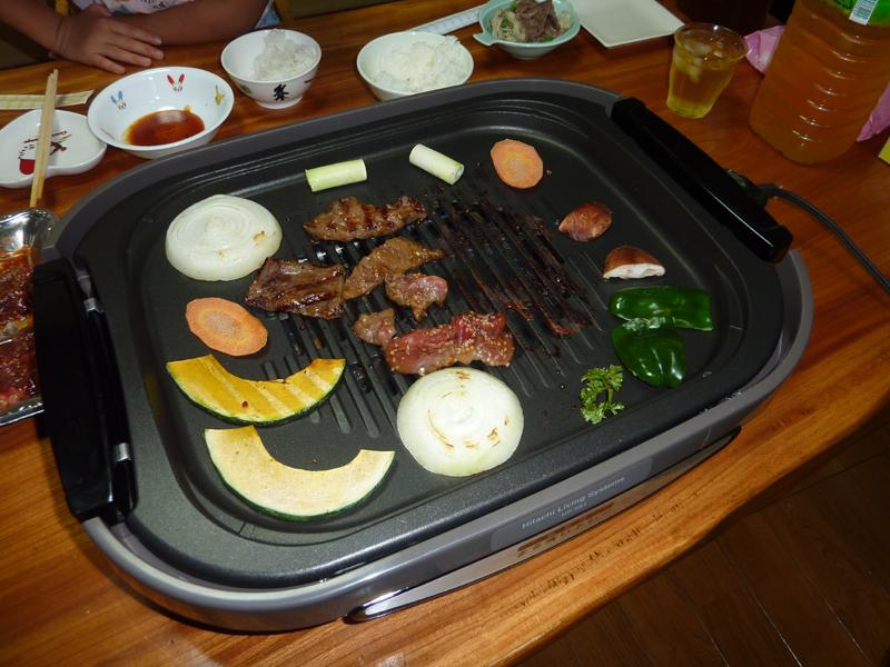 野菜は周辺で焼くとスペースを有効に使える