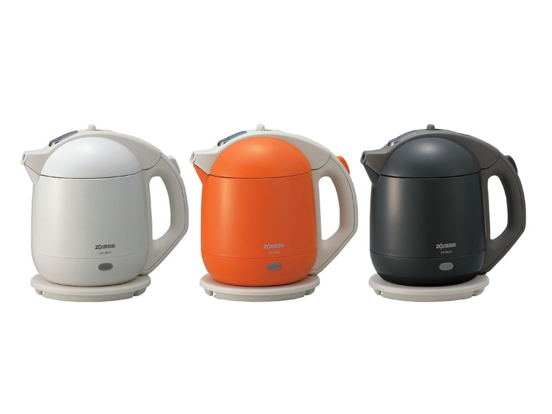 「CK-BB10」。左からホワイト、オレンジ、ソフトブラック