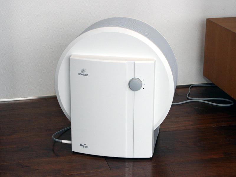 ボネコの「ディスク型気化式加湿器 ディスクエバポレーター 1355WH」。希望小売価格は48,500円