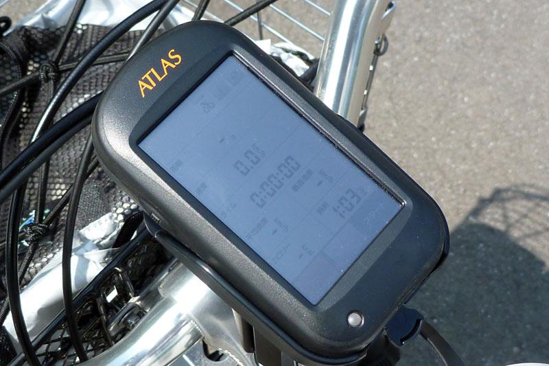 GPSマップも装着。コレは記事作成のための情報確認用っス。でも、あればあったでいろいろ役立つ&楽しいことは確か