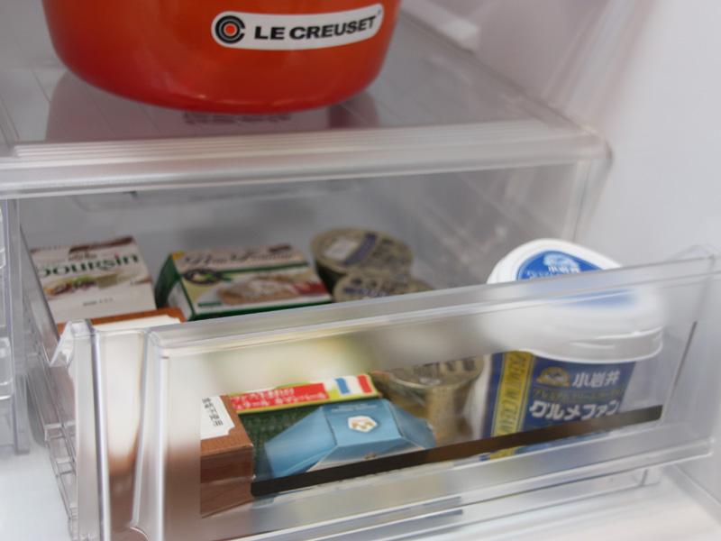 冷蔵室のチルドルームで急速解凍や急速冷却を行なう「快速チルドルーム」を搭載