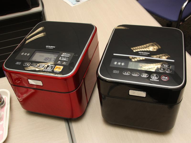 2011年モデル(左)と、従来の2010年モデル