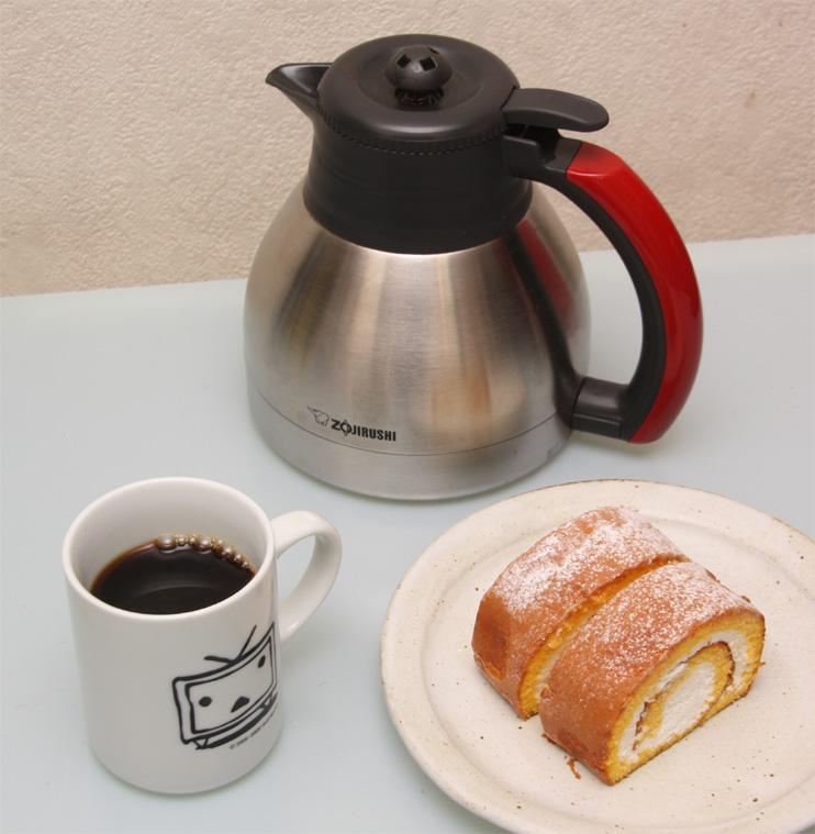 アツアツのコーヒーが長時間味わえるのはうれしい。おかわりにもちょうど良い