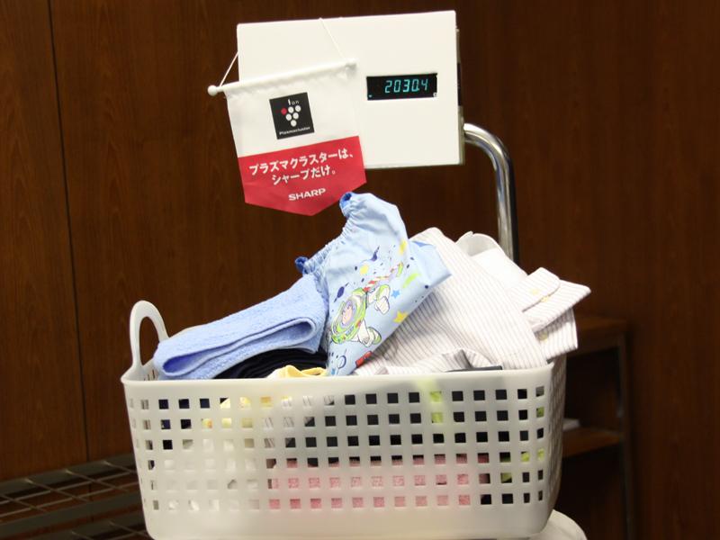 「毎日洗乾コース」は、2kg程度の洗濯物を1時間で乾燥まで仕上げる。2kgという量は、共働きの夫婦と、1人の保育園児がいる家庭を想定したものだという