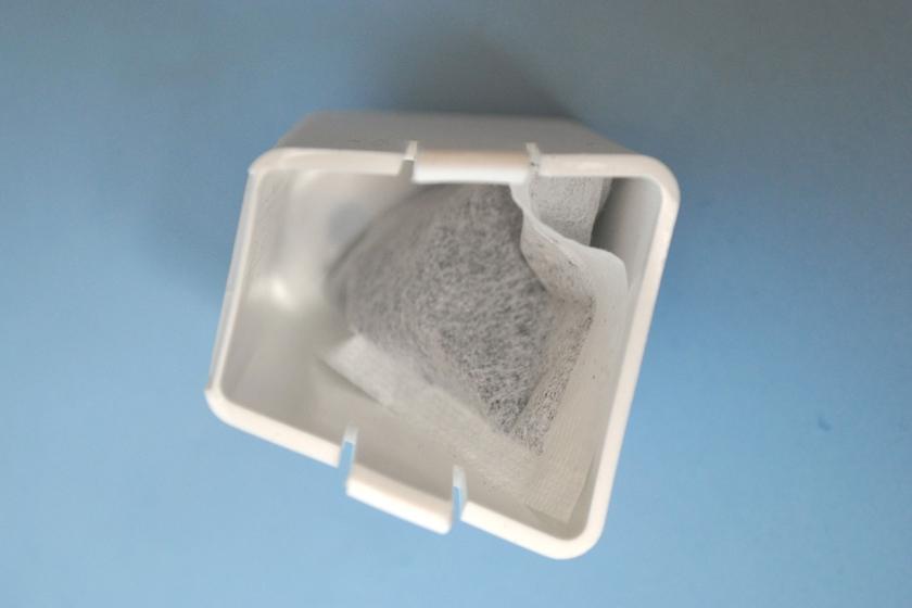 吹き出し口ノズルに活性炭を入れる