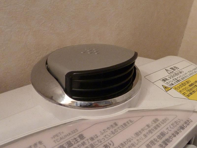 TX800では1立方cm当たりのイオン濃度が7,000個の「高濃度プラズマクラスター7000」ユニットを搭載する