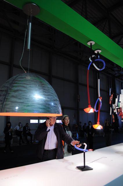 照明を扱う「EUROLUCE」展では、多くの照明展示がLED中心に変わっていた