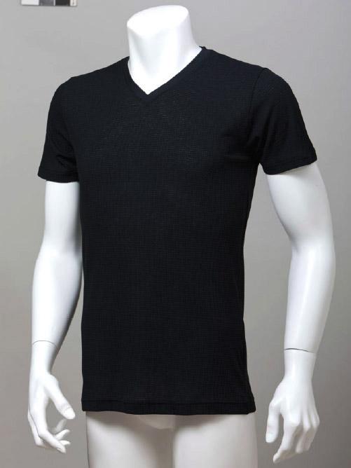 「タックフライス綿混VネックTシャツ」