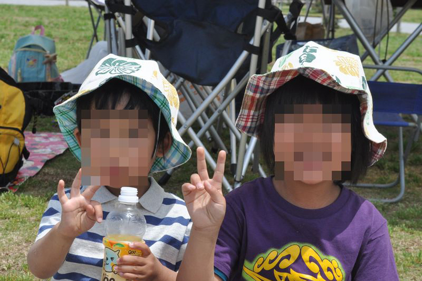 姉弟でお揃いの帽子。子供たちもとても気に入ったようだ