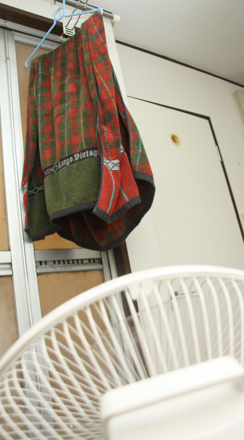 乾きにくいバスタオルの乾燥に有効だった。本当は毎日洗濯して干したいところだが、これならイヤなニオイも発生しなくなる