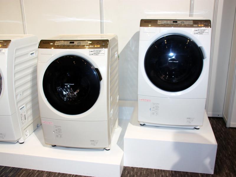 ナノイー機能などを省略した「NA-VX5100」。右開きと左開きの2モデルを用意する