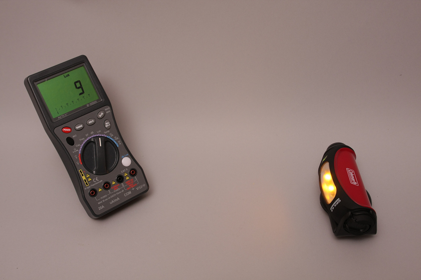 NightLightモードは、常夜灯となり9lxで睡眠の邪魔にならない程度の明るさ