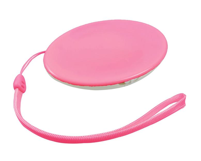 ピンク。全色でストラップも付属する