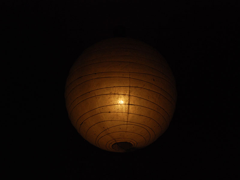 肉眼で照明器具単体で見ると、こんな感じに見える