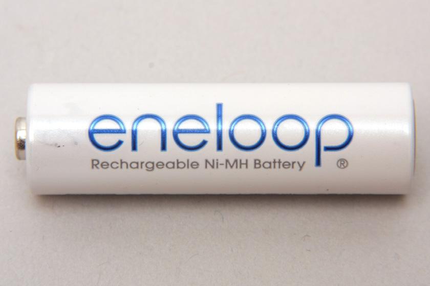 ニッケル水素電池のエネループ。エネループは、繰り返し使えて環境にやさしい電池のブランド名なのだ