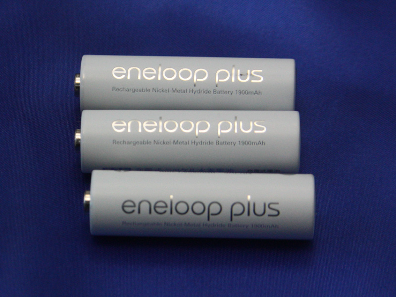 12月に発売されたばかりのeneloop plusは、通常のエネループよりも安全性能を高めた点が特徴