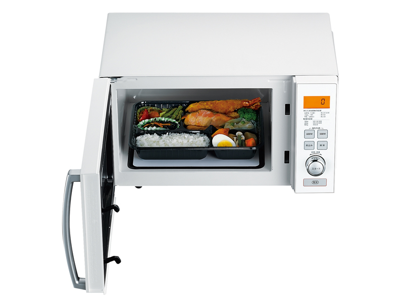 フラットタイプで、大きめのお弁当箱も楽に温めることができるという