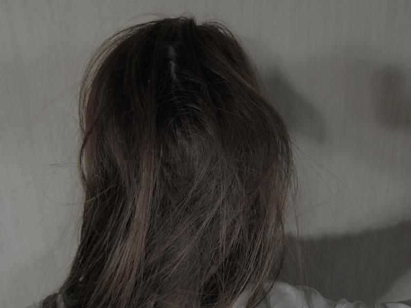 普段の寝起きの髪は、手ぐしだけではなかなかほどけないほど、絡まってボサボサ