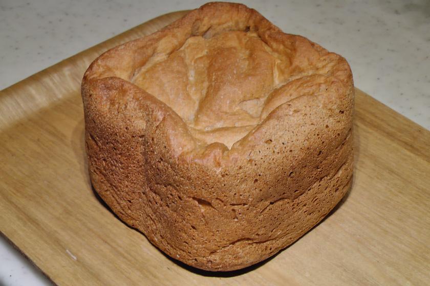 できあがりはこんな感じ。普通のパンのよりも膨らまない