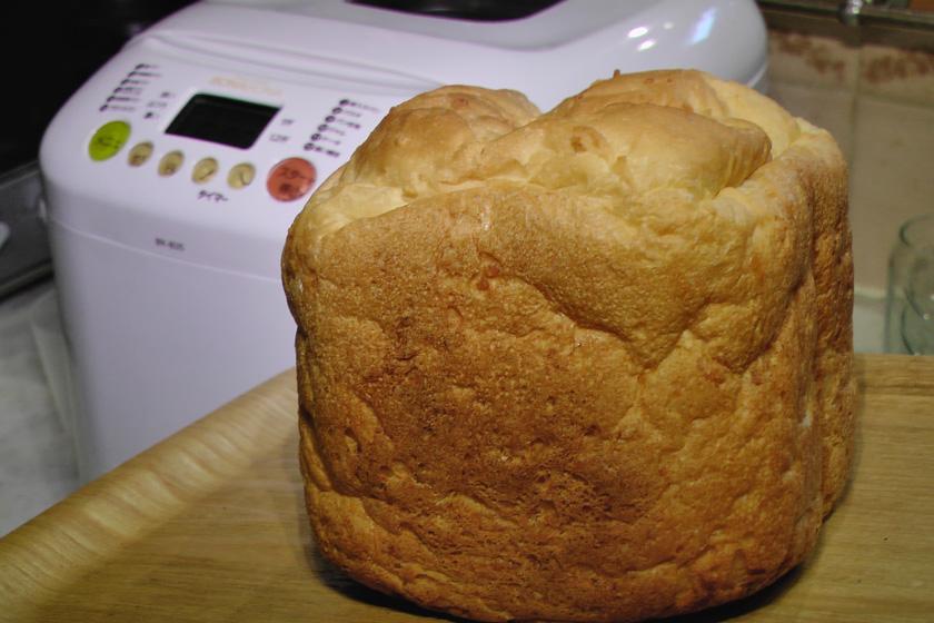 しかし焼き上がりはしっかりパンだ。これはおいしそうかも!