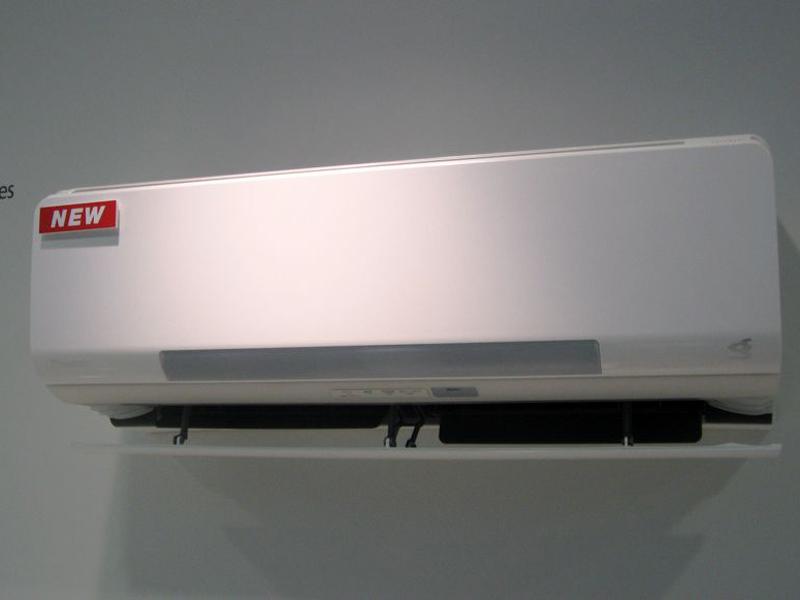 湿度もコントロールする「うるる快眠プログラム」が搭載されたRXシリーズ