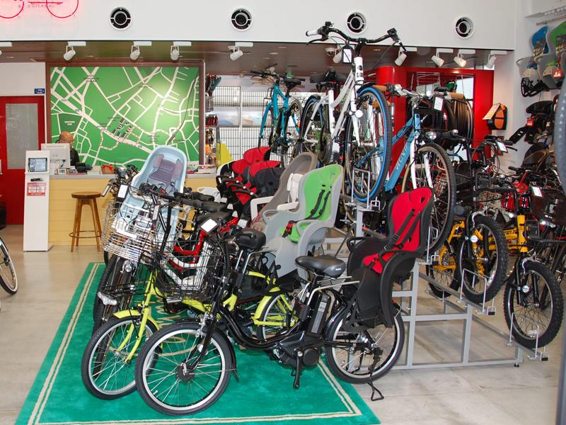 電動アシスト自転車の主力製品である子乗せモデルも、様々なタイプが揃う