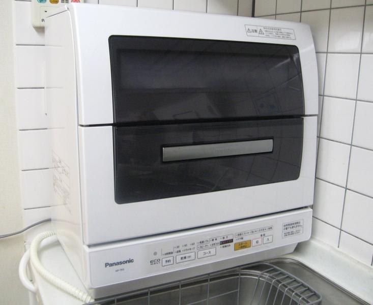 パナソニック「卓上型食器洗い乾燥機 NP-TR5」