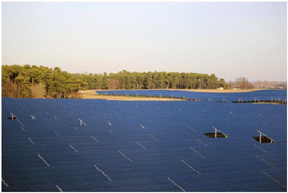 ドイツのブランデンブルク州ボホーで本日より発電を開始した太陽光発電所