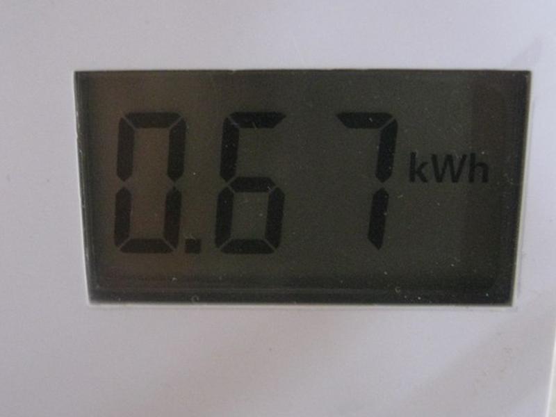 乾燥まで終了後、ワットチェッカーで消費電力をチェックすると、0.67kWhと表示されていた