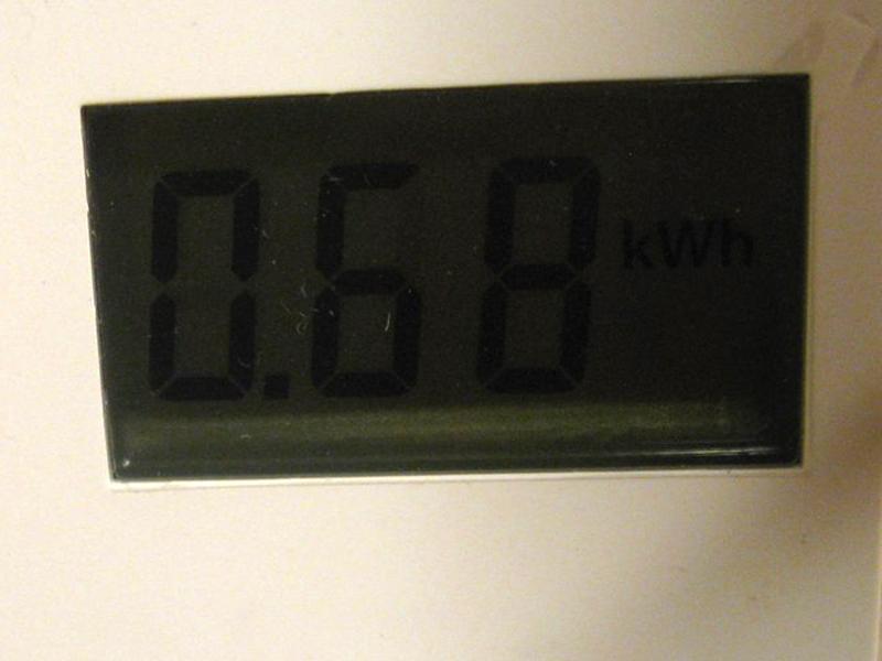 すすぎ終了まで35分程度と短時間に終わったが、エコナビが働かず、すすぎの温度も高めだったためか、消費電力は0.68kWhと表示された