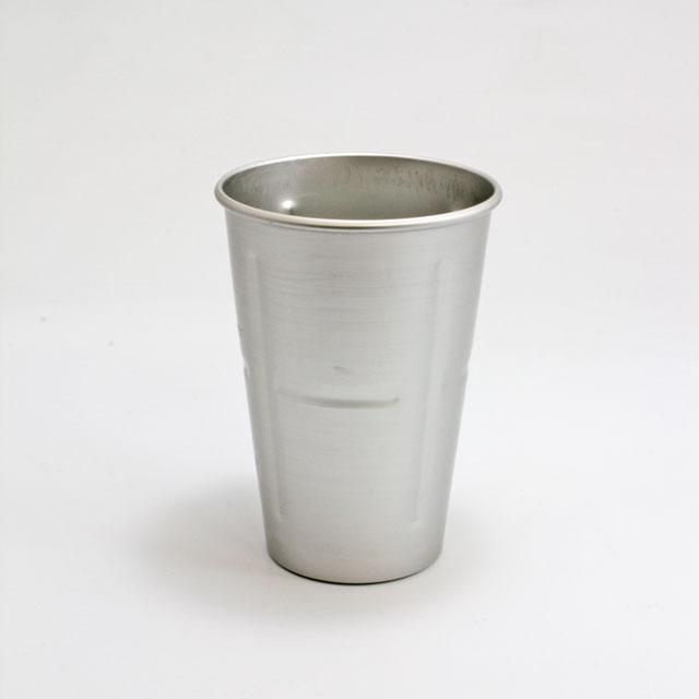 付属のカップはアルミ製