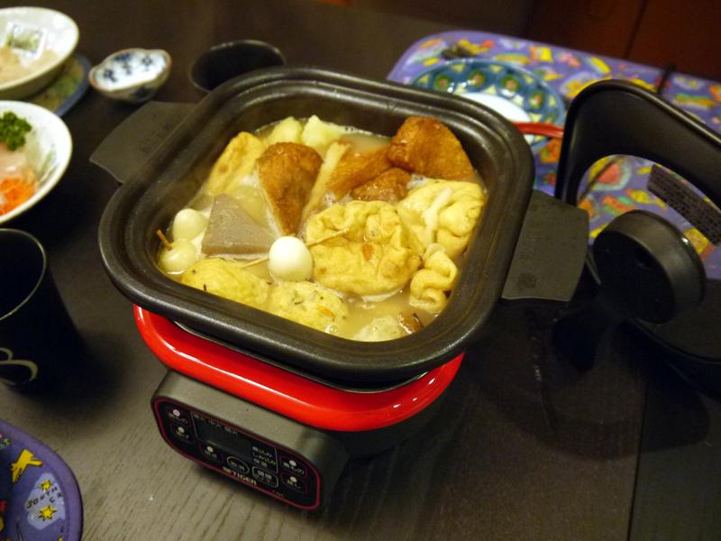 おでんは、「鍋もの」モードで沸騰した後、「煮もの」モードでじっくり味をしみ込ませるとおいしくしあがります