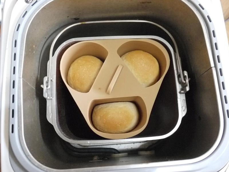 パンが焼けた