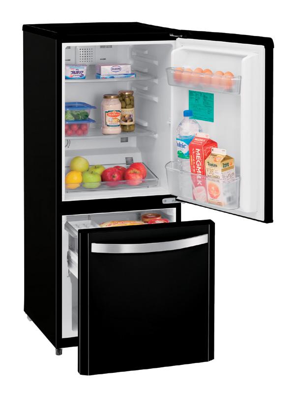 ハイアールが単身者向けに展開する冷凍室が大きめの冷蔵庫。庫内容量138Lの「JF-NF140D」