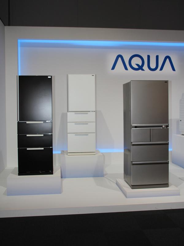 アクアの冷蔵庫。女性や年配の人にも使いやすい工夫が施されているという