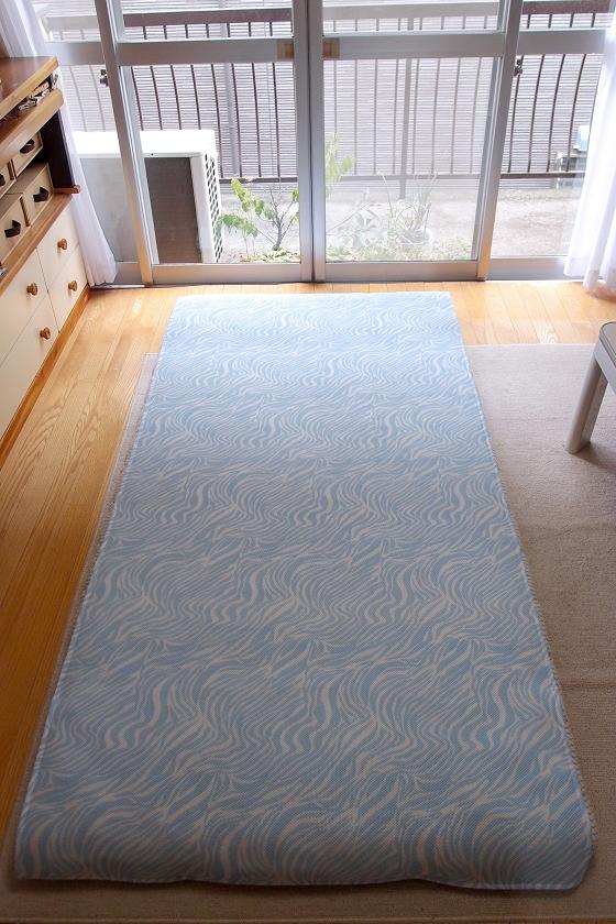 布団全体をすっぽり覆うサイズ