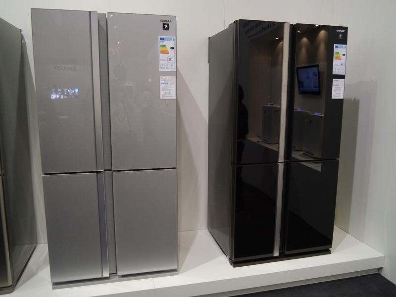 サイドバイサイド型の大型冷蔵庫「SJ-FS810シリーズ」