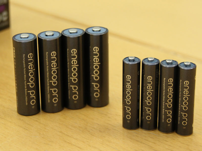 eneloop proは単三形と単四形の2種類になった