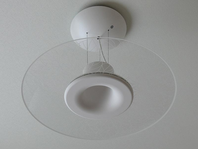 消灯時は導光板はほとんど透明で、葉の模様もさほど目立たない