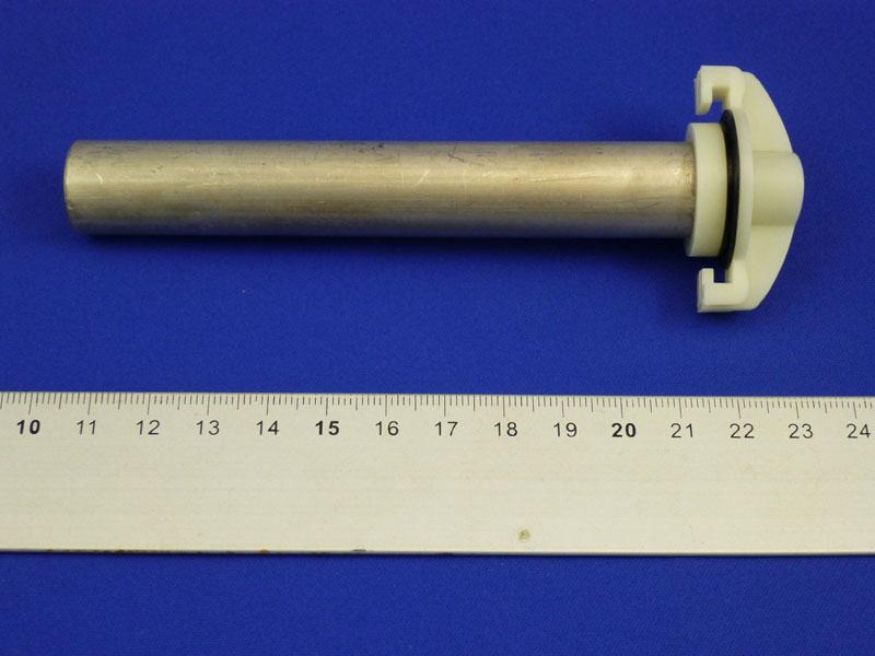 電極は約13cmぐらいある大きなものだった