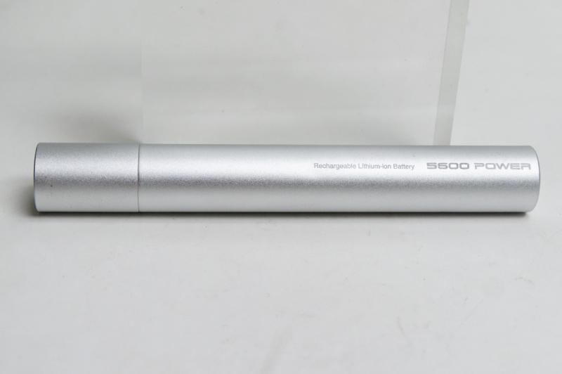 長さは155mm。直径は21.5mmとスリム