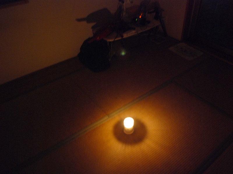 部屋の隅まで光が届いているのがわかる