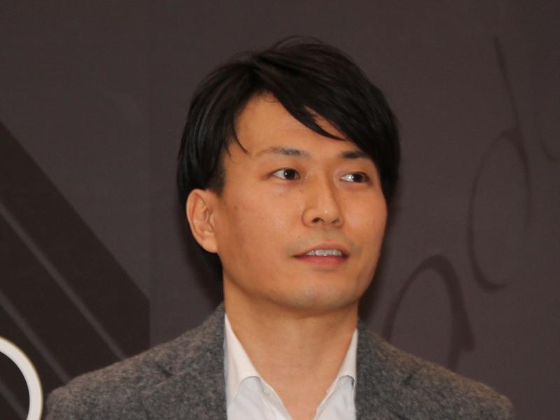 鈴木健取締役