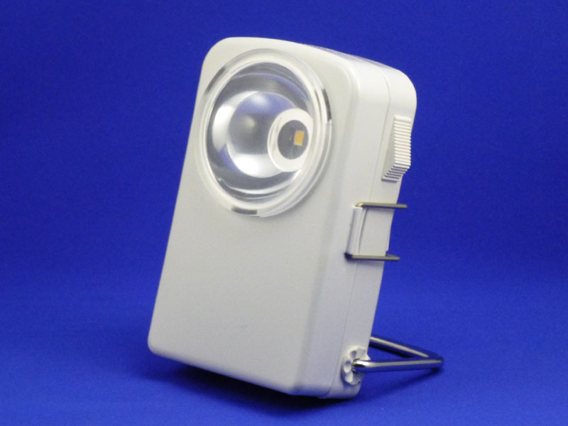 無印良品「LED角型懐中電灯 MJ1117」