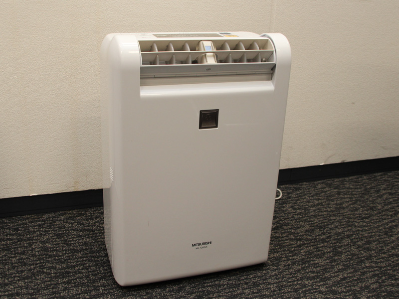 平成24年度の省エネ大賞「省エネルギーセンター会長賞」を受賞した除湿能力12Lの「MJ-120GX」