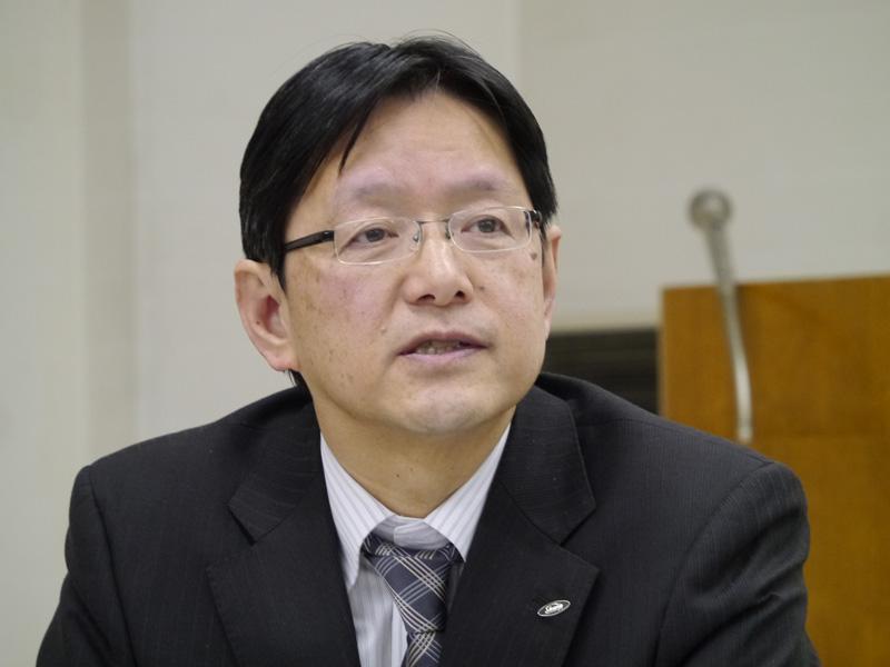 シャープ ソーラーシステム事業本部ソーラーシステム事業部第二商品企画部・西山晴雄部長