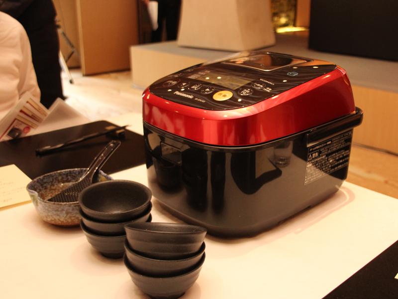 「スチーム&可変圧力IHジャー炊飯器 SR-SPX103/183」